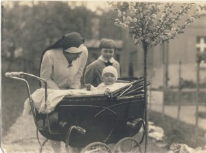 Vlado Olinka in carriage